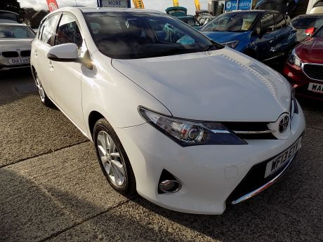 Used TOYOTA AURIS in Bideford, Devon for sale