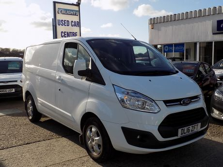 Used FORD TRANSIT CUSTOM in Bideford, Devon for sale